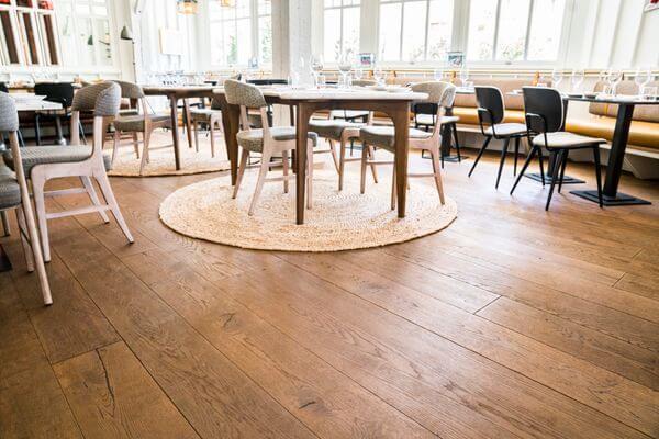 Blog-imagen-guia-para-el-arquitecto-sobre-pisos-de-madera-de-ingenieria-Homedressing-Sep20