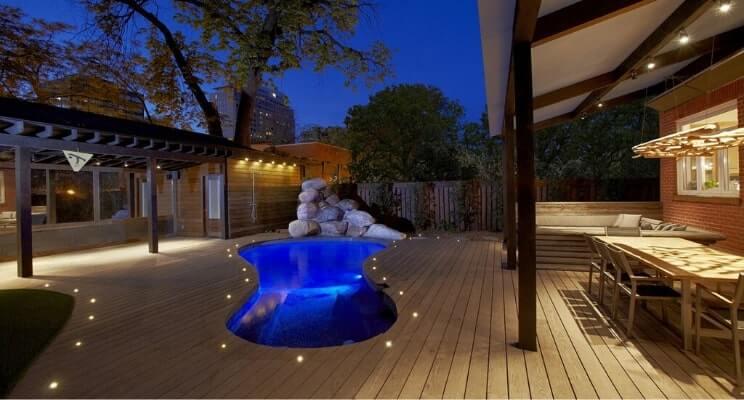 Blog-Imagen-Exteriores-con-decks-de-madera-para-casas-de-fin-de-semana-fresno-termotratado-alberca-Homedressing-Jun20-V1.jpg